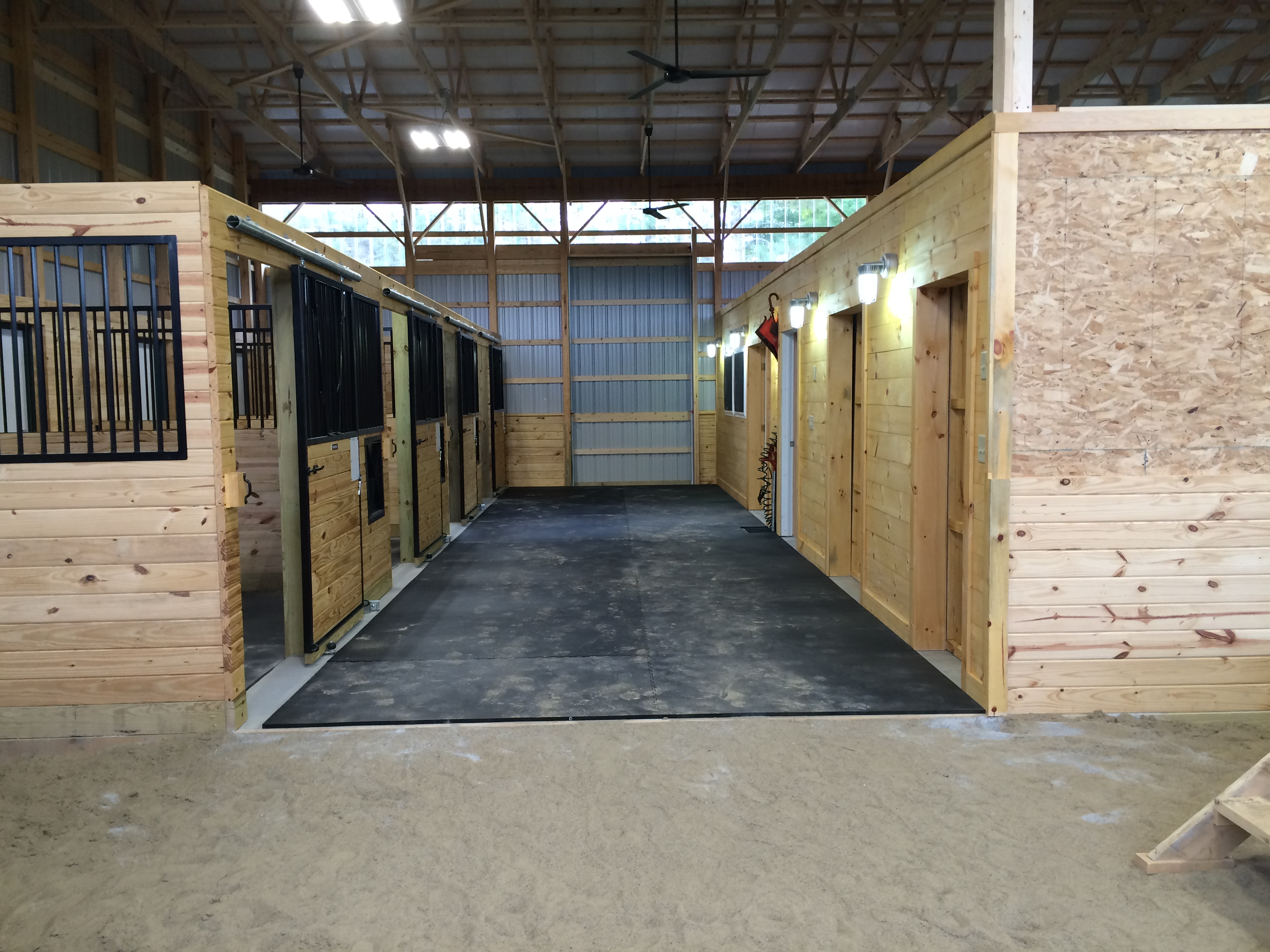 Rubber floor mats barn - Click To View Full Size Photo