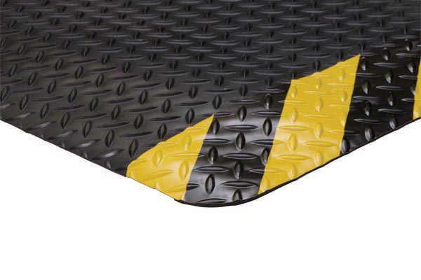 Diamond Foot Colored Borders 2x3 feet Chevron Black/Yellow