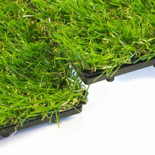 Artificial Grass Turf Tile 1x1 ft connection.