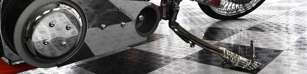 BotaBay 30PCS Garage Tiles 15.8x15.8 Interlocking Garage Flooring Modular Garage Flooring Tile Free-Flow Open Rib Design Black