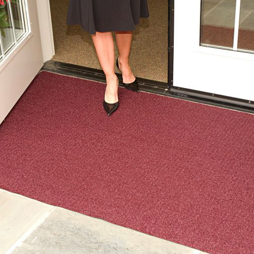 Brush Hog Plus Indoor Outdoor Entrance Mat 32x55 inches heels.
