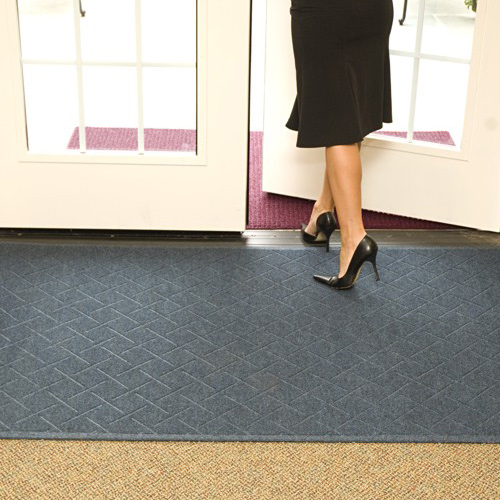 Enviro Plus Indoor Wiper Mat 35x45 inches blue and maroon.