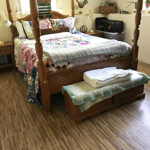 Foam Tiles Wood Grain bed room. - Faux Wood Foam Tile Floors