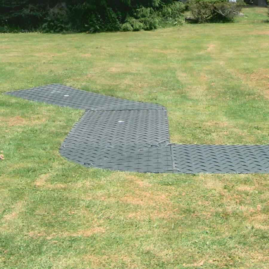 Wedge piece 4x8 white Ground Protection Mats 3 Wedge walkway