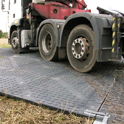 TuffTrak XT Extreme Heavy Duty Ground Protection Mat 1