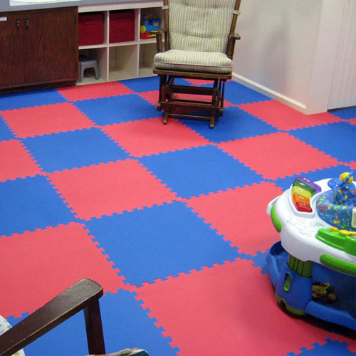 Home Sport and Play Mat 7/8 Inch red and blue.