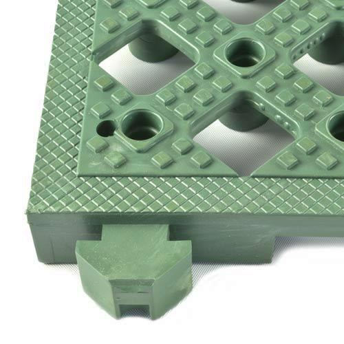 Safety Matta Perforated Green close corner.
