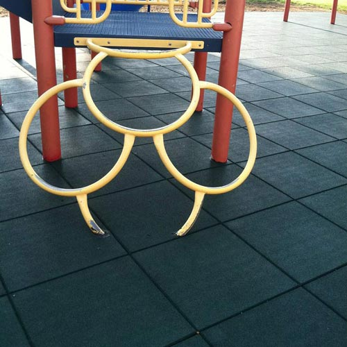 Playground Flooring Blue Sky 2ft x 2ft x 2.75in 50/50 EPDM showing rings playground.