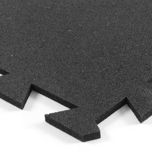 Rubber Utility Tile 3x3 ft x 8 mm Black corner of tile.