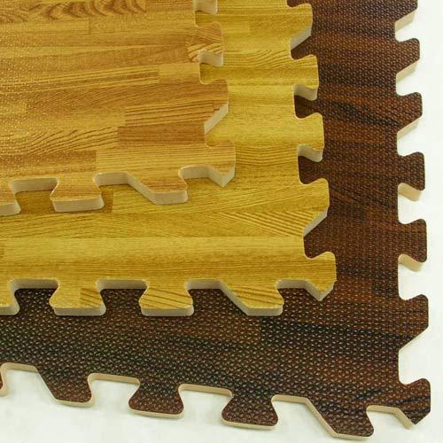 ec44cfc8ba79 Tradeshow Floor Comfort Tile Designer WoodGrain 10x20 ft showing non beveled  edge