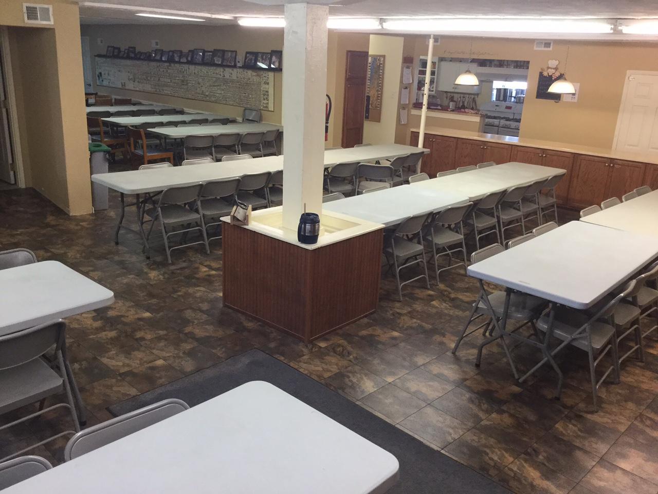 Raised floor tile max tile modular basement flooring for Elevated floor