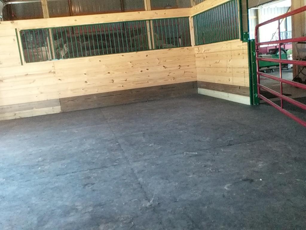 Interlocking Stall Mats Custom Interlocking Horse Kits