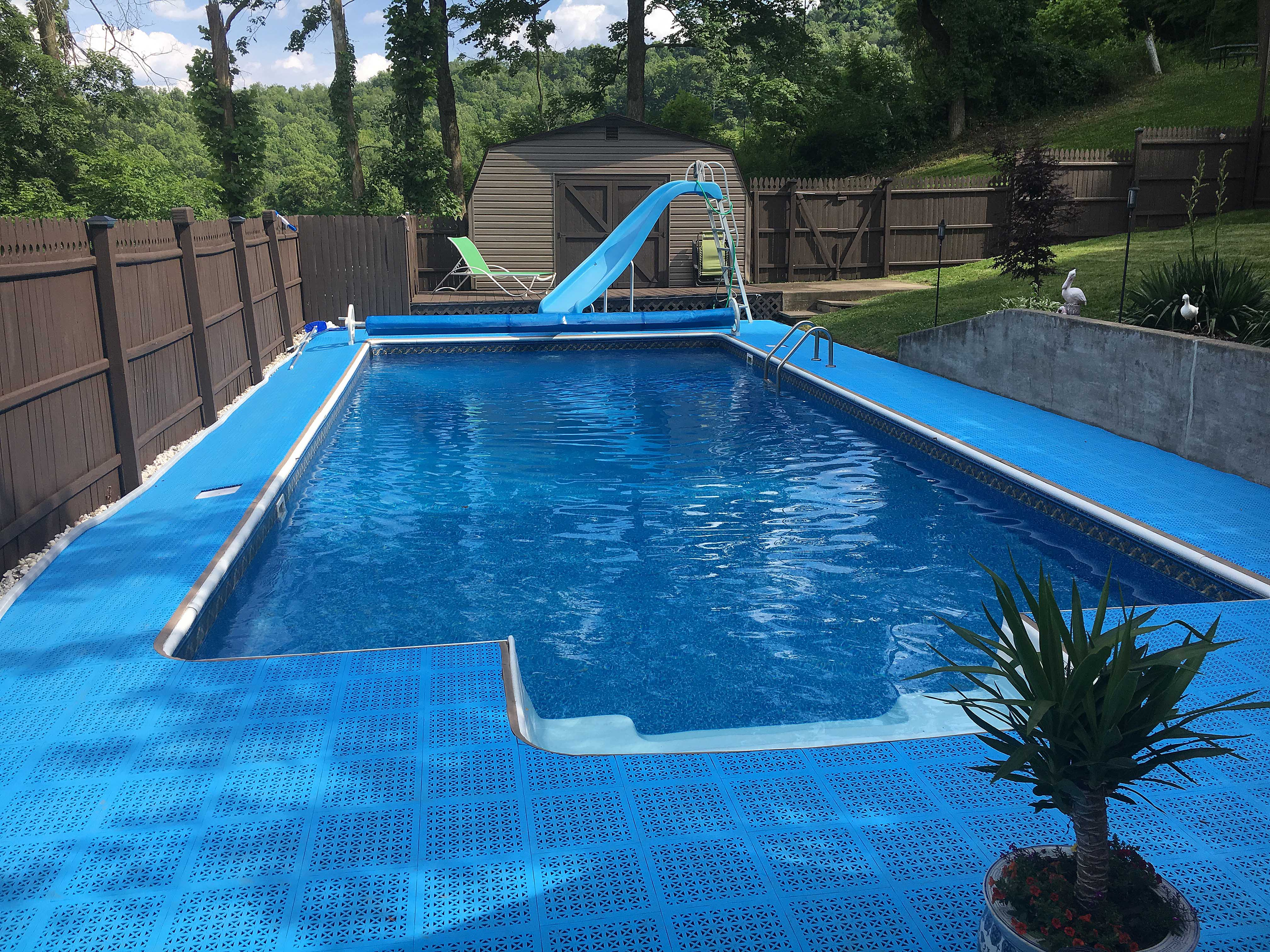 Pool Deck Cost: Swimming Pool Surround Flooring Price