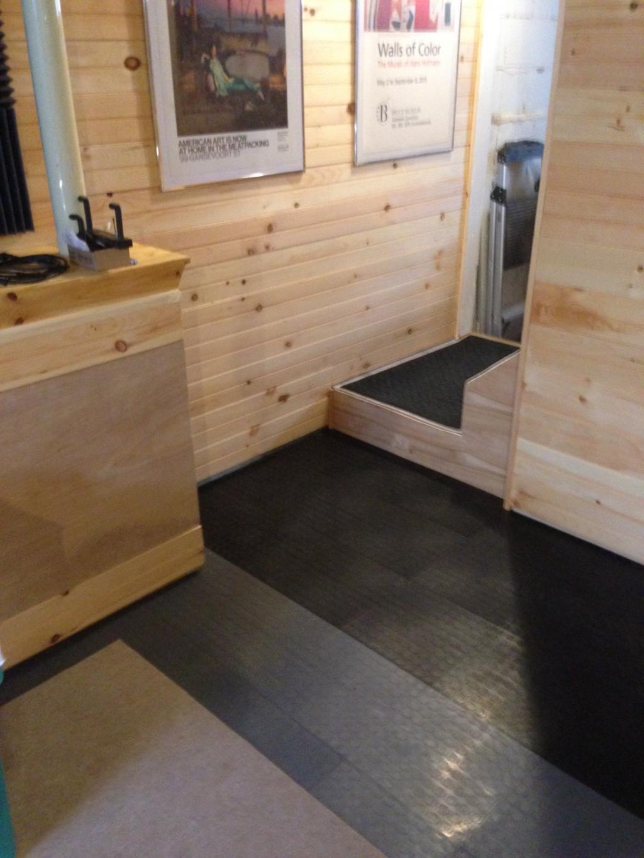 Garage Plastic Flooring For Dining Room Carpet: Coin Top Plastic Garage Floor